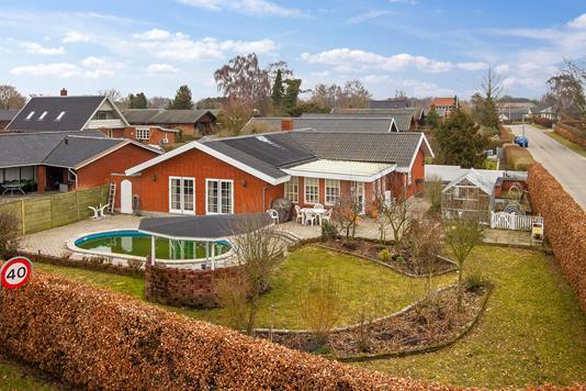 Villa på Vandværksvej i Vemmelev - Ejendommen