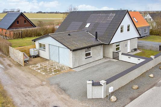 Villa på Ormeslevvej i Vemmelev - Ejendommen
