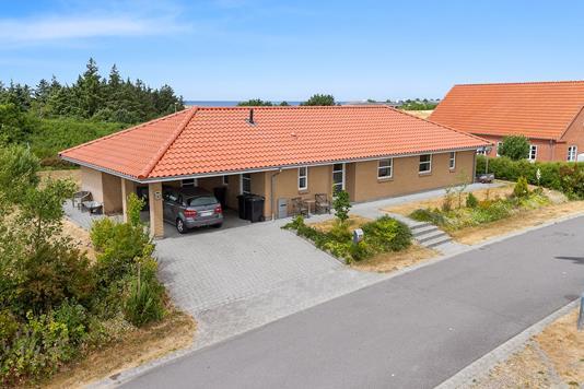 Villa på Højbjergparken i Korsør - Set fra vejen