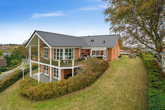 Villa på Lerhøj i Korsør - Set fra haven