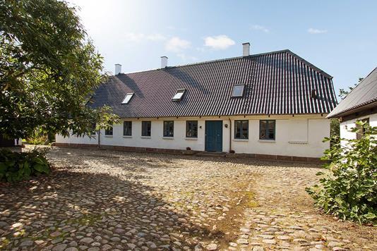 Villa på Regissevej i Frørup - Ejendommen