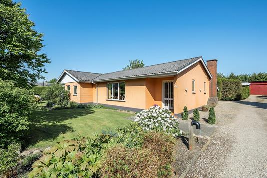 Villa på Libavej i Ørbæk - Ejendommen