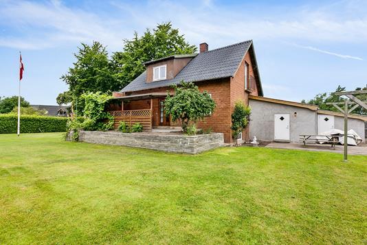 Villa på Ellingevej i Ørbæk - Ejendommen