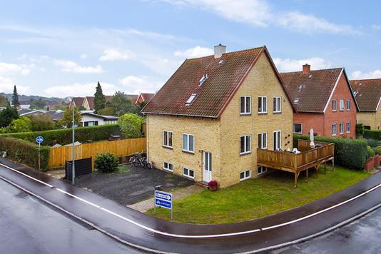 Villa på Skolebakken i Nyborg - Ejendommen