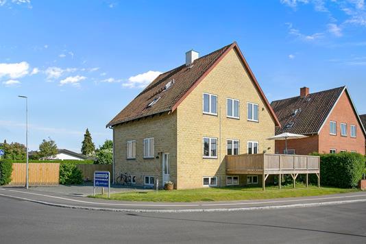 Villa på Skolebakken i Nyborg - Set fra vejen