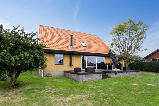 Villa på Lundsager i Ullerslev - Set fra haven