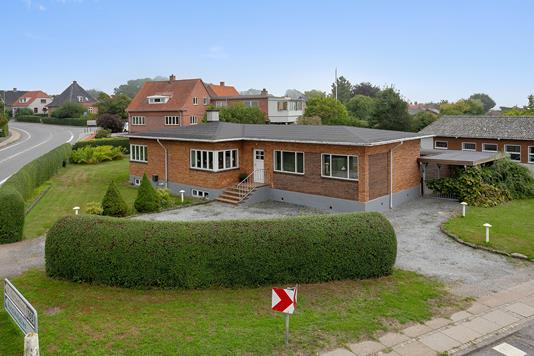 Villa på Kertemindevej i Nyborg - Set fra vejen