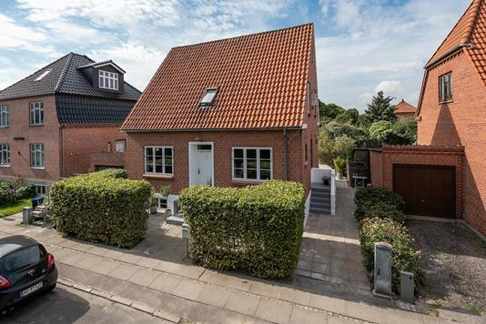 Villa på Provst Hjortsvej i Nyborg - Ejendommen