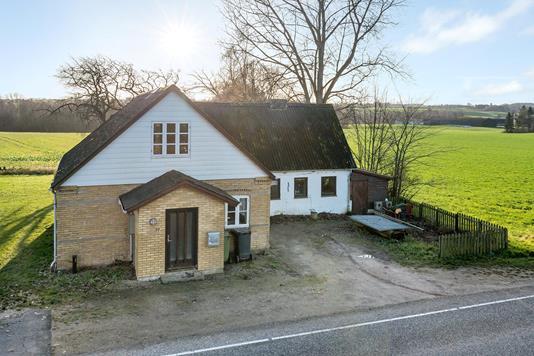 Villa på Frørupvej i Frørup - Ejendommen