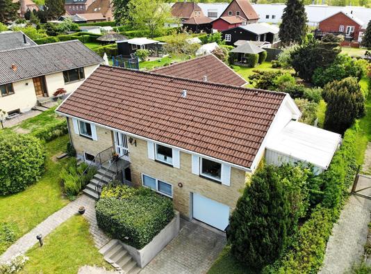 Villa på Mågevænget i Ullerslev - Ejendommen