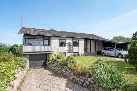 Villa på Højbovej i Frørup - Ejendommen