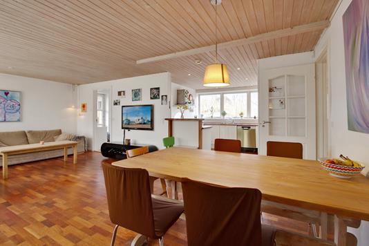 Villa på Grønskiftet i Hillerød - Spisestue