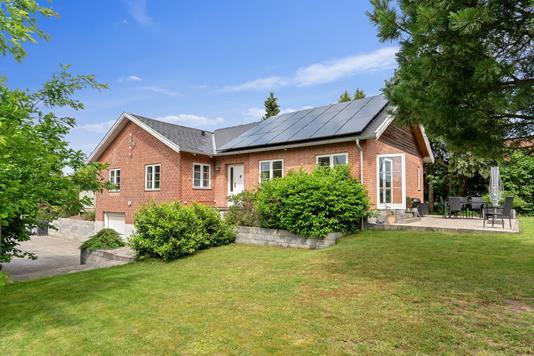 Villa på Skovledet i Hillerød - Ejendommen