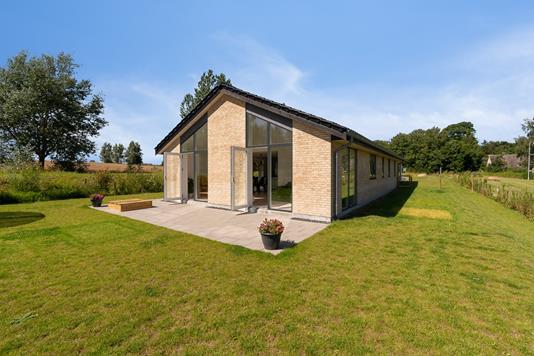Villa på Gørløsegårdsvej i Gørløse - Set fra haven