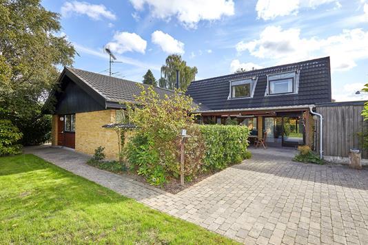 Villa på Hyldekrogen i Græsted - Ejendommen