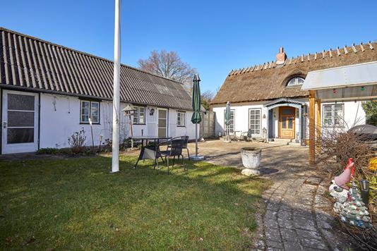Villa på Smidstrup Strandvej i Gilleleje - Ejendommen