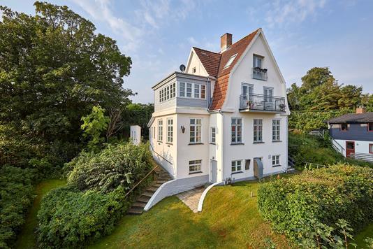 Villa på Nordre Strandvej i Gilleleje - Ejendommen