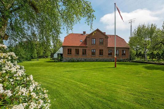 Villa på Tangen i Grenaa - Ejendommen
