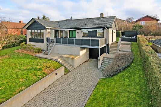 Villa på Åstrup Bygade i Grenaa - Ejendom 1
