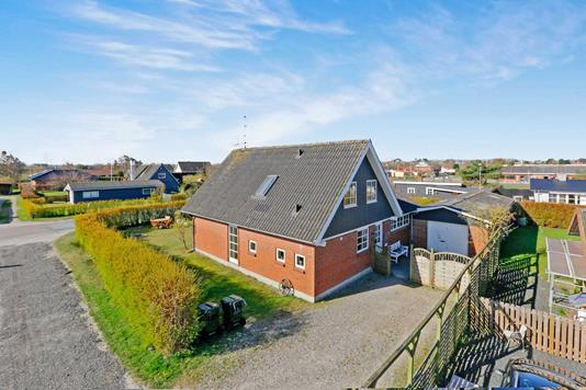 Villa på Brovej i Glesborg - Ejendommen