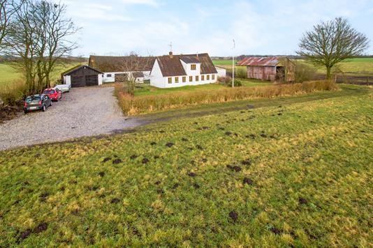 Villa på Stenvadvej i Ørum Djurs - Ejendommen