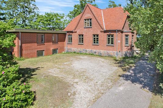 Villa på Sangstrupvej i Grenaa - Ejendommen