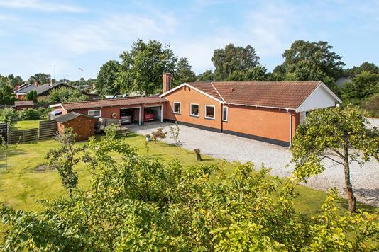 Villa på Fægangsvej i Glesborg - Ejendommen