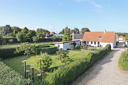 Villa på Kanneshøjvej i Glesborg - Ejendommen