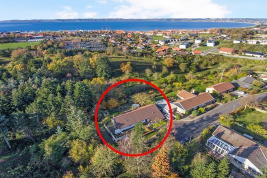 Villa på Erik Klippings Vej i Ebeltoft - Luftfoto