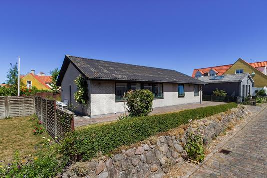 Villa på Villadsgyde i Ebeltoft - Set fra vejen