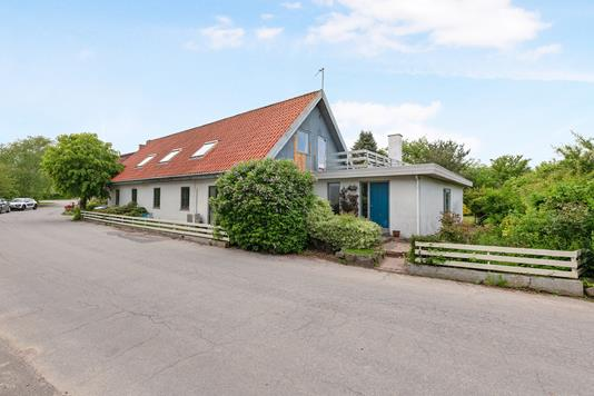 Villa på Græsbjergvej i Knebel - Ejendom 1
