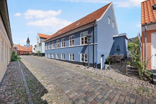 Villa på Overgade i Ebeltoft - Ejendom 1