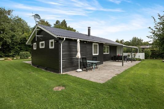 Fritidsbolig på Skødshovedgård i Knebel - Hus