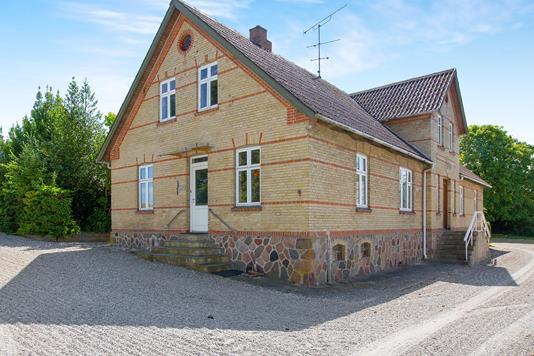 Villa på Drammelstrupvej i Ebeltoft - Ejendommen