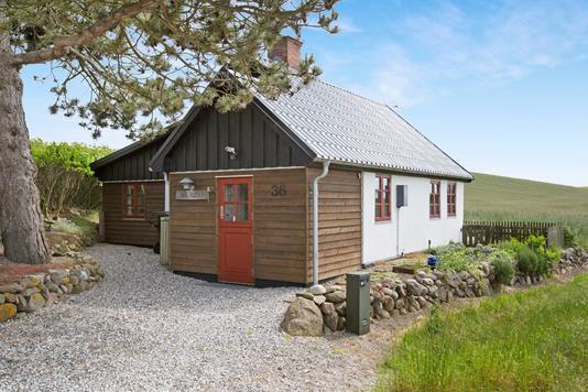 Villa på Sletterhagevej i Knebel - Ejendommen
