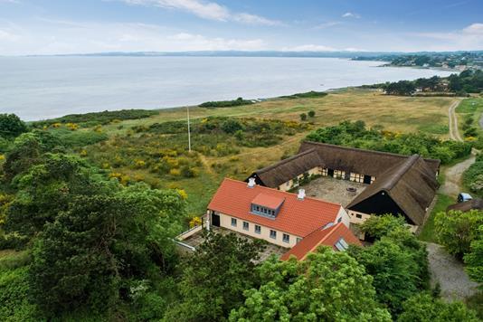 Villa på Kystvejen i Ebeltoft - Ejendommen