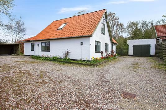 Villa på Sønder Bjergevej i Dalmose - Ejendommen