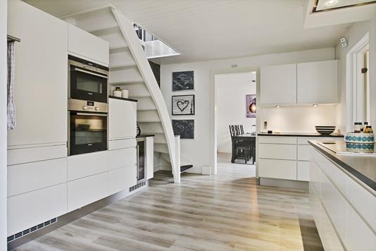 Villa på Boeslunde Byvej i Boeslunde - Køkken