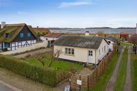 Villa på Bisserup Havnevej i Rude - Ejendommen