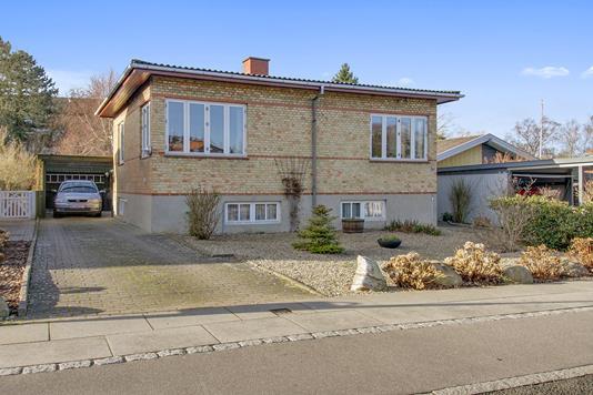 Villa på Lovsøvej i Skælskør - Ejendommen