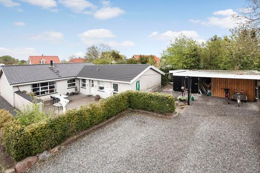 Villa på Hovstien i Boeslunde - Facade