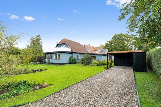 Villa på Langgade i Sandved - Set fra haven
