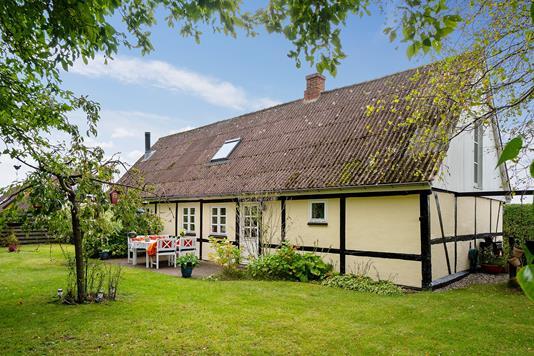 Villa på Næstved Landevej i Rude - Ejendommen
