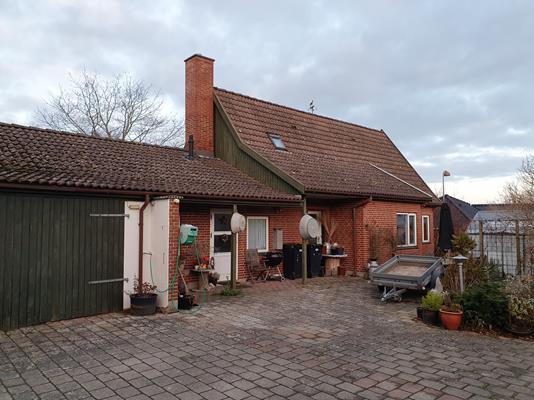 Villa på Erdrupvej i Boeslunde - Ejendommen