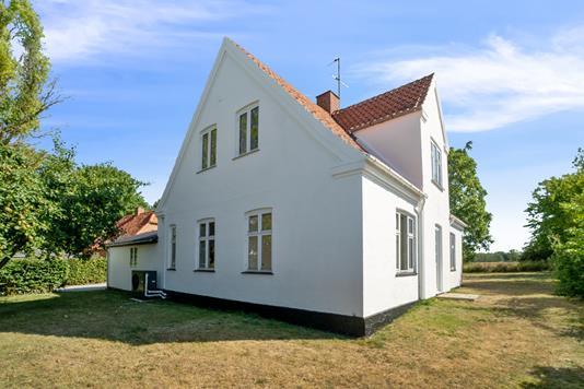 Villa på Møllebakkevej i Rude - Set fra haven