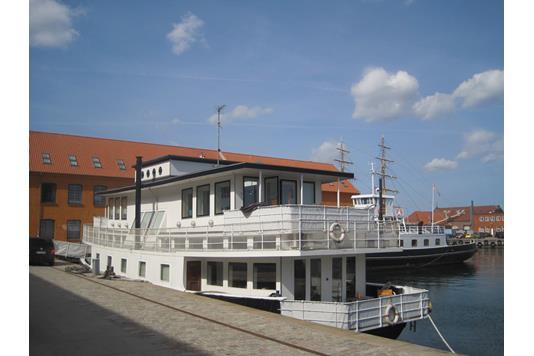 Villa på Danneskiold-Samsøes Allé i København K - Andet
