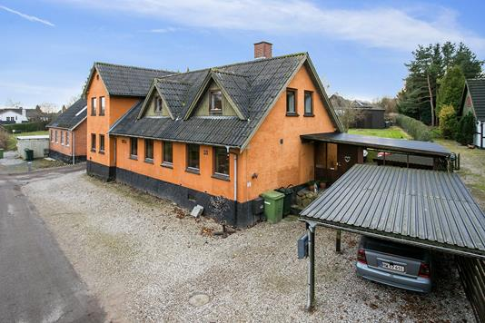 Villa på Kalvehavevej i Faxe - Ejendommen
