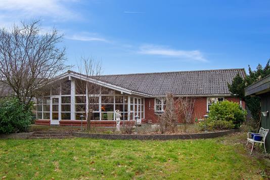 Villa på Højgårdsvejen i Haslev - Set fra haven