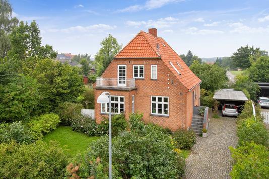 Villa på Torvegade i Haslev - Ejendommen