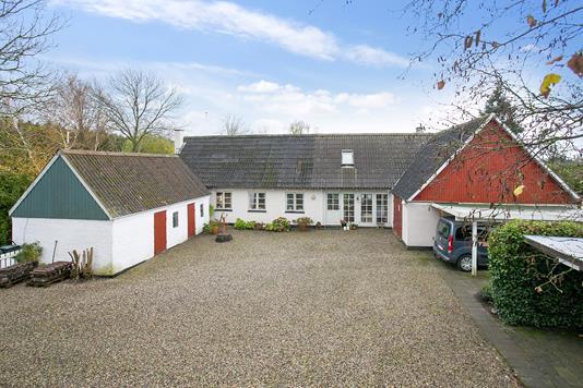 Villa på Egedevej i Haslev - Ejendommen
